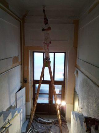 Malba vysokých stropů